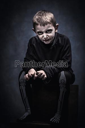 ld als skelett fuer halloween event