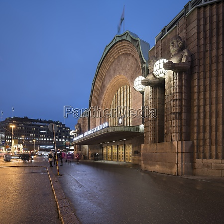 aussenfassade des hauptbahnhofs helsinki helsinki finnland