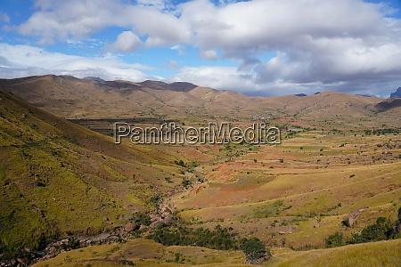 landschaft auf der rn7 bei ambalavao