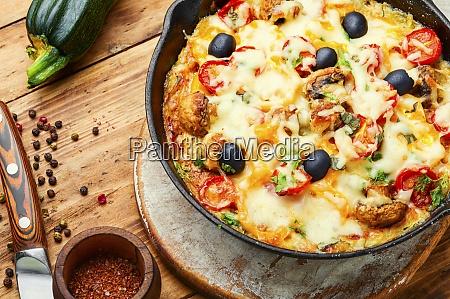 scheibe italienischer klassischer pizza