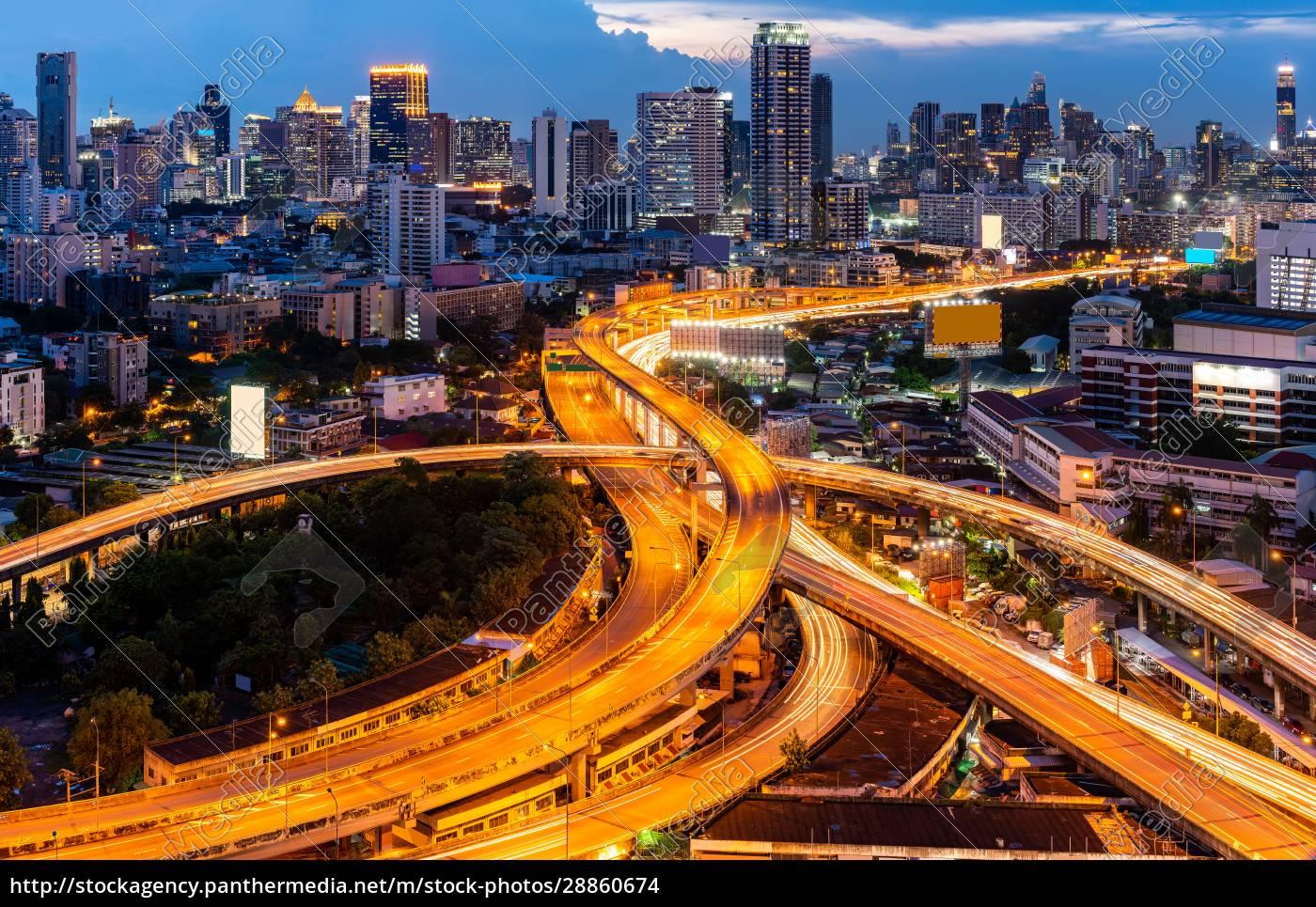 bangkok, innenstadt, autobahn, bei, sonnenuntergang - 28860674
