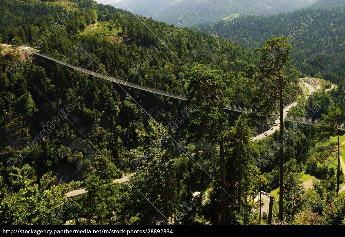 Suspension bridge highline 20 in Reutte Austria   Stockfoto ...