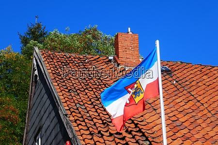 gehisste flagge von schleswig holstein