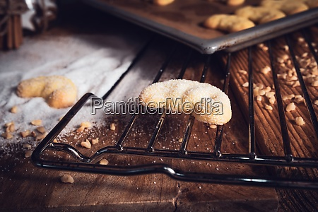 frisch gebackene vanillehalbmonde