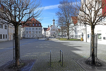 leerer rathausplatz in kempten 2