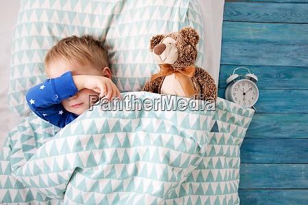 einjaehriges baby weint