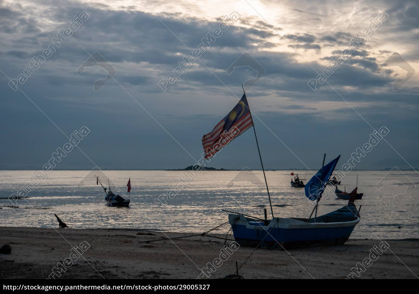 malaysia, flag, on, boat - 29005327