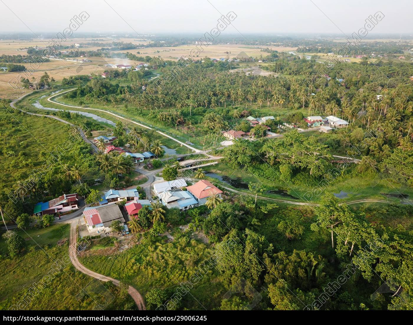 malays, village, surrounded, with, green, trees - 29006245