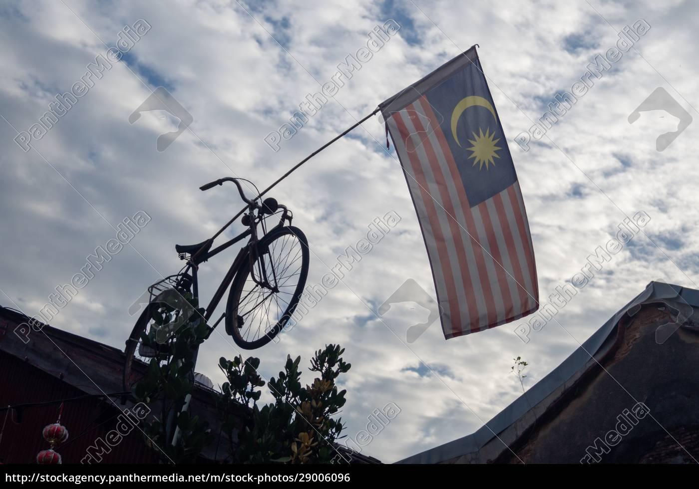malaysia, flag, hang, on, bicycle, waving - 29006096