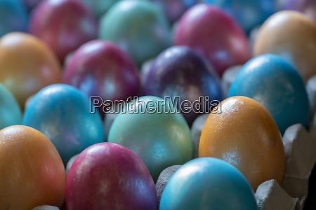 ostern hintergrund mit handbemalt lila blau