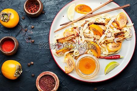 asiatische nudeln salat