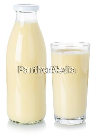 milchtrinken milchshake shake in einer flasche