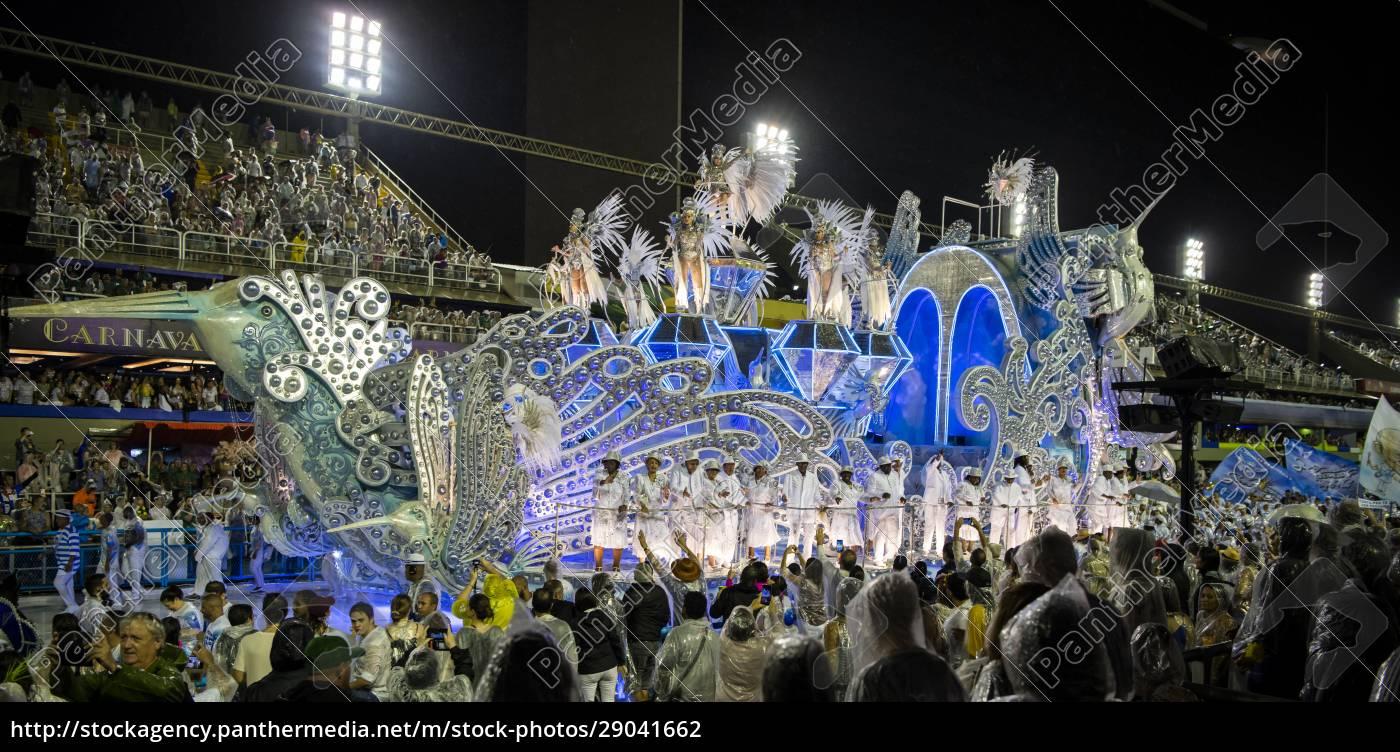 samba, parade, bei, der, 2020, karneval, champions - 29041662