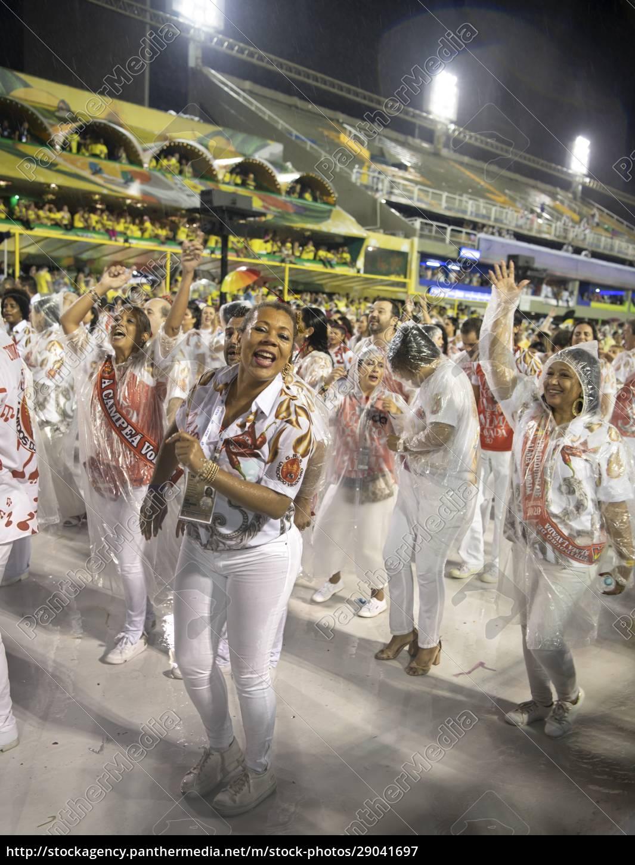 samba, parade, bei, der, 2020, karneval, champions - 29041697