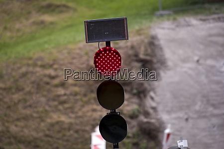 mobile ampelanlage auf der strasse