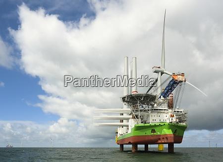 sehr, große, offshore-windparks, im, niederländischen, teil - 29054821