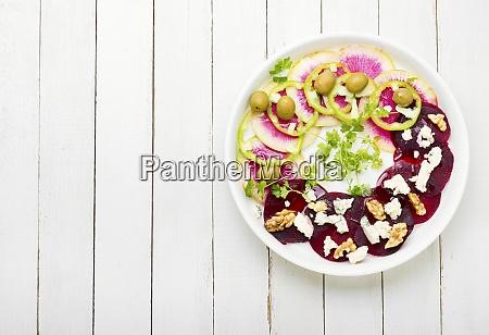 frischer gemuesesalat
