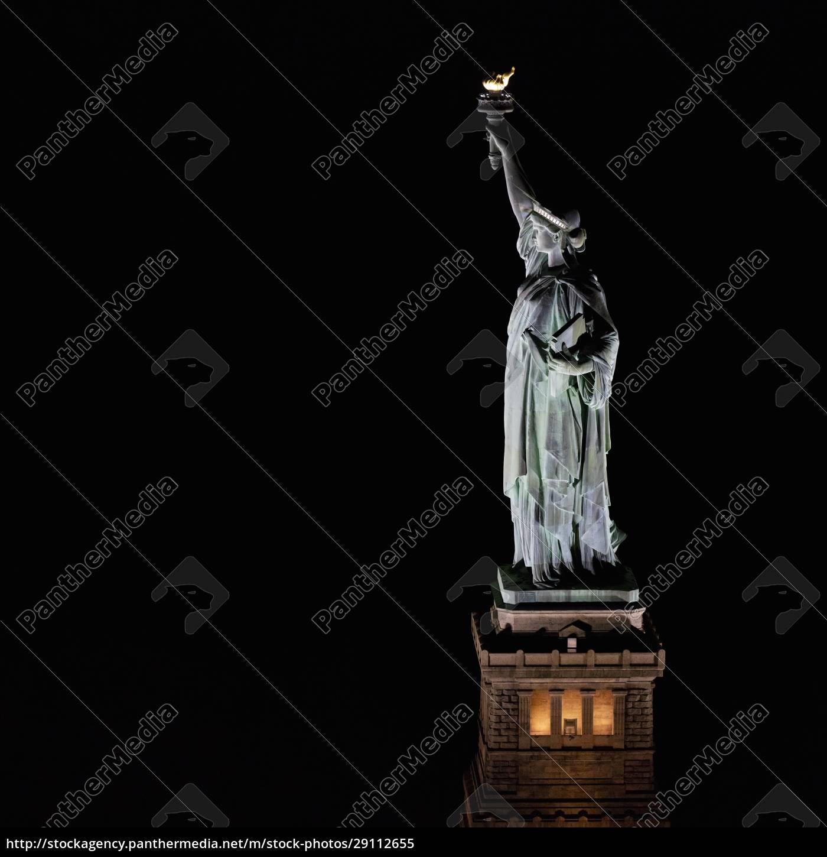 usa, new, york, new, york, city, freiheitsstatue, nachts, beleuchtet - 29112655
