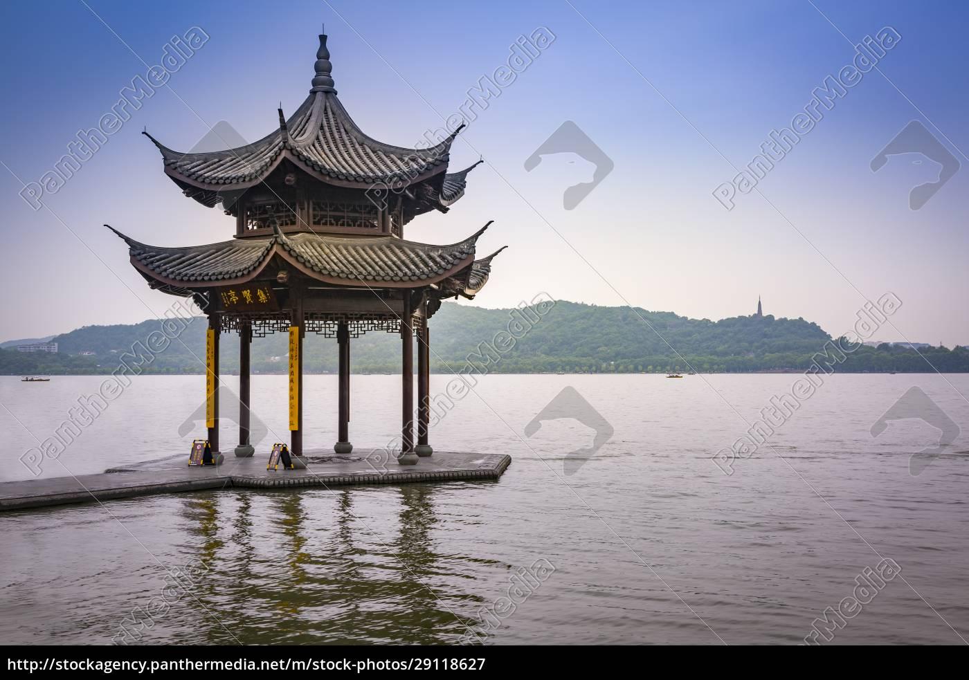 china, zhejiang, hangzhou, traditioneller, pavillon, am, westsee - 29118627
