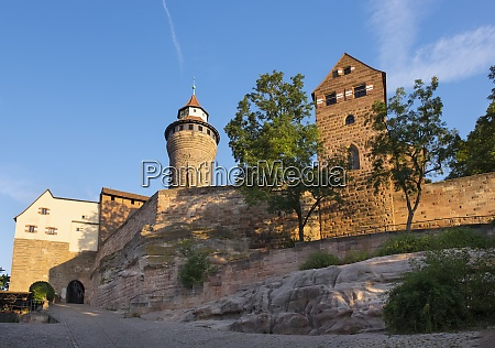 deutschland bayern mittelfranken nuernberg kaiserburg sinwell