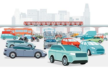 stau an der strassenkreuzung und transport