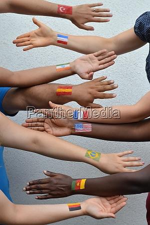 internationale menschen aus verschiedenen nationen mit