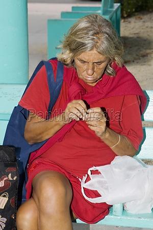 close-up, of, a, senior, woman, sitting - 29268247