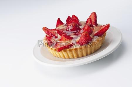 close_up, of, strawberry, tart - 29364669