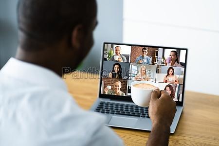 virtuelle video konferenz anruf kaffeepause