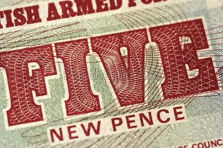 fuenf pence banknote extreme nahaufnahme