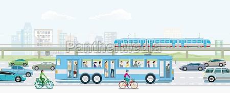 strassenverkehr mit erhoehter zug bus und