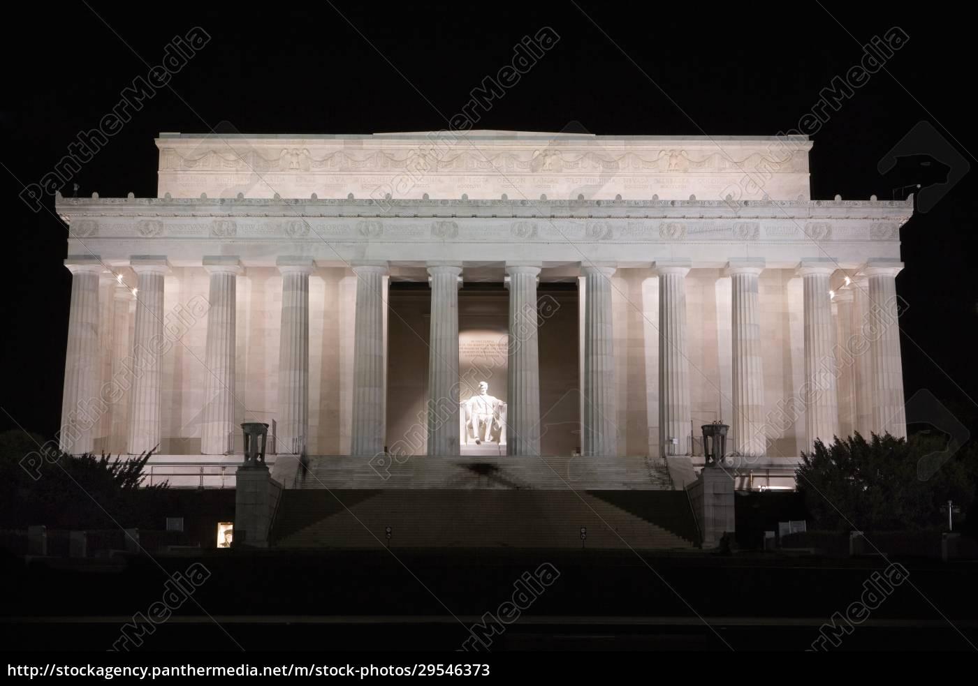 facade, of, a, memorial, building, , lincoln - 29546373