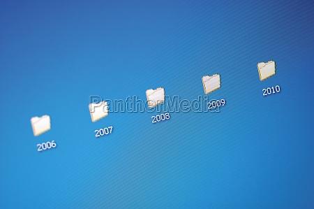computersymbole auf einem computerbildschirm
