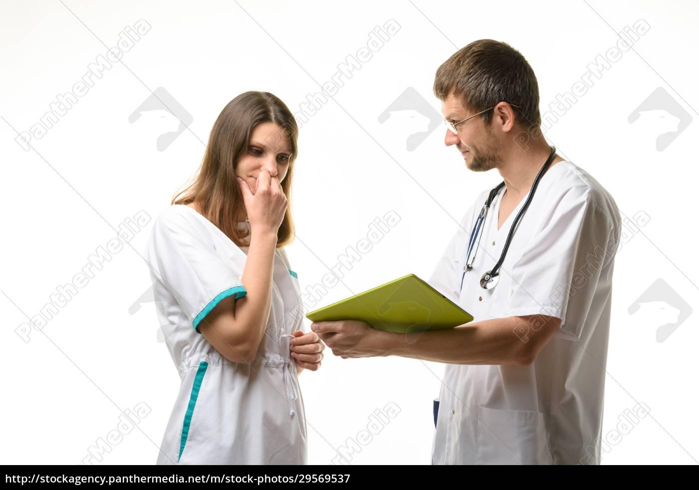 doctor, shows, the, nurse, the, error - 29569537