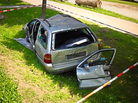 schaden am auto nach unfall