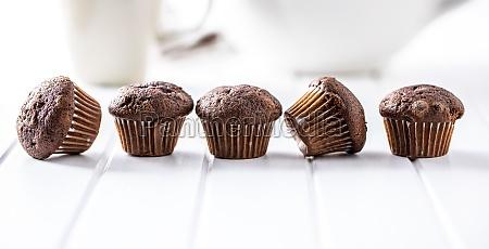 schokolade muffins suesse dunkle cupcakes