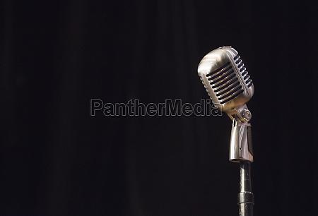 vintage buehnenmikrofon