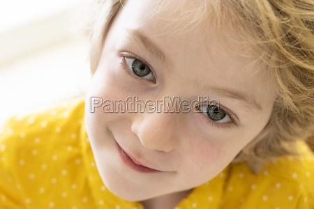porträt, eines, lächelnden, jungen, (6-7) - 29623326