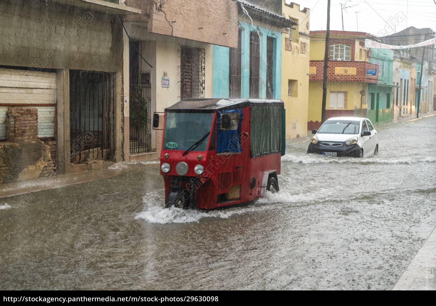 street, flooded, by, rainwater - 29630098