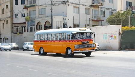typischer bus von malta