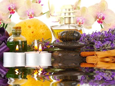 zubehoer fuer spa mit orchideen lavendel