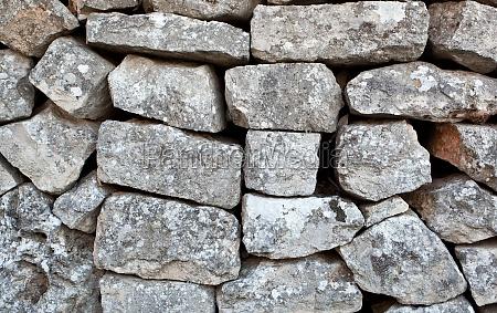 steinmauer eines trullo in alberobello