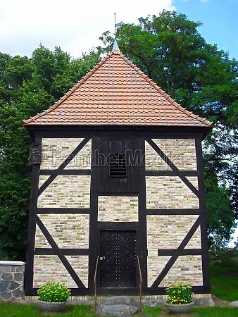 glockenturm der evangelischen kirchengemeinde beutel ab