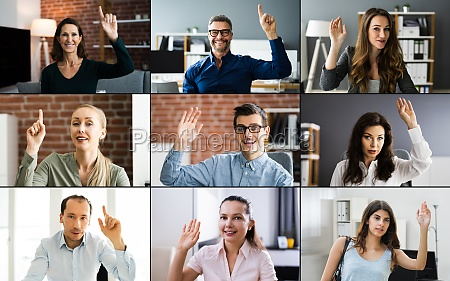 frau hebt hand in video konferenz