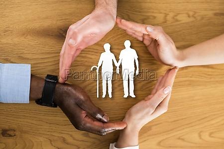 senior african american family paar schutz