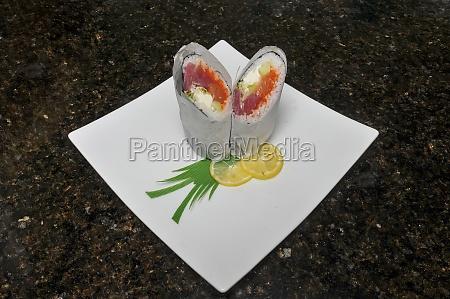 japanisches sushi burrito
