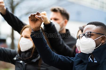 protestveranstaltung fuer menschen
