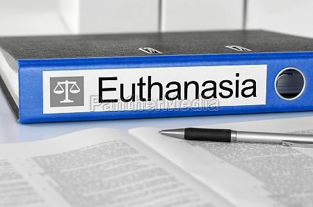 ordner mit dem label euthanasie