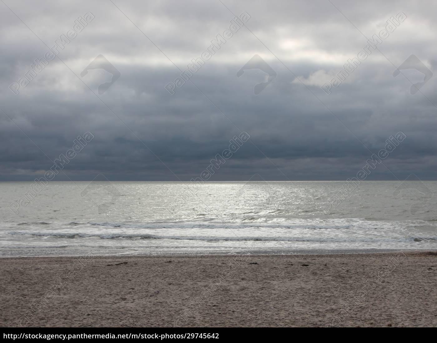 ozean, mit, silberner, oberfläche, und, dunklen - 29745642