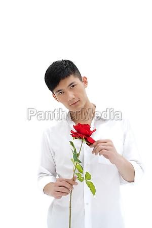 mann mit rosen balz